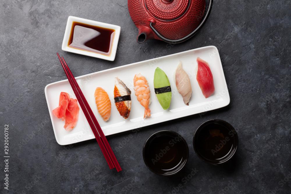 Fototapety, obrazy: Japanese sushi set