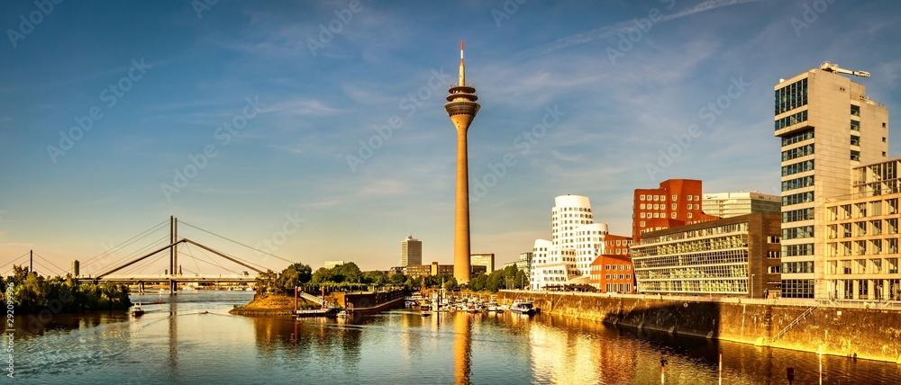Fototapeta Panorama Medienhafen Düsseldorf Rhein Fernsehturm