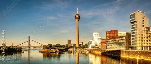 Recess Fitting Panorama Photos Panorama Medienhafen Düsseldorf Rhein Fernsehturm