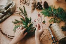Making Rustic Christmas Wreath...