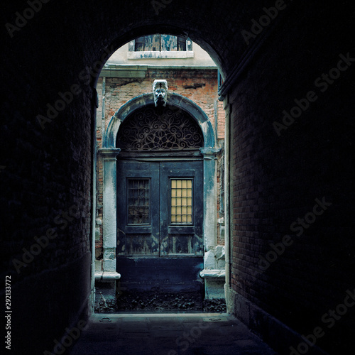 Poster Venise Italy. Venice Archway to the daylight