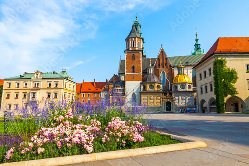 Fototapeta Wawel Cathedral or The Royal Archcathedral Basilica of Saints Stanislaus and Wenceslaus on the Wawel Hill, part of Wawel Royal Castle complex in Krakow, Poland obraz
