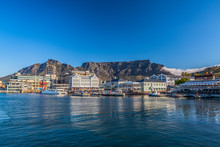 Waterfront And Table Mountain ...