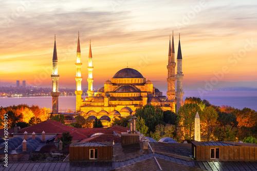 Foto auf AluDibond Orange Sultan Ahmet Mosque and the sunset colors, Istanbul, Turkey