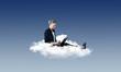 canvas print picture - Arbeiten in der Cloud – Frau am Laptop