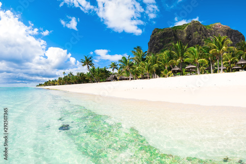 Beautiful view of the resort on Mauritius Tableau sur Toile
