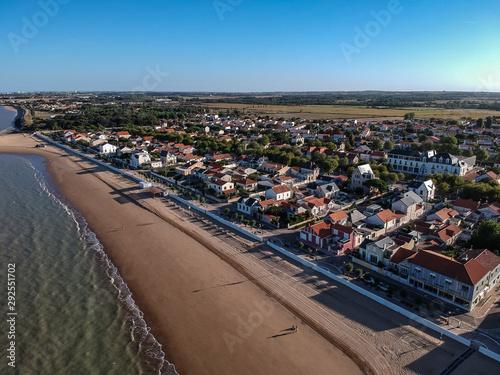 Photo Chatelaillon Plage (Charente Maritime, France) - Vue aérienne de la plage