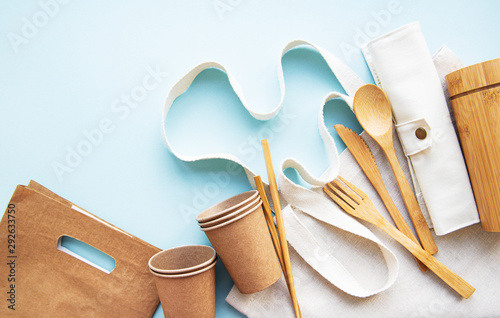 Fotografiet  Zero waste concept,  recycled tableware