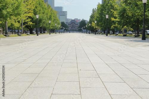 東京駅丸の内オフィスビルギンナン