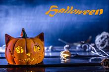 Halloween. Pumpkin Cheshire Cat In The Rain.