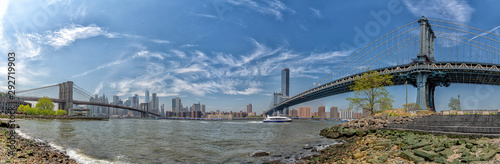 Manhattan Bridge widok z dumbo