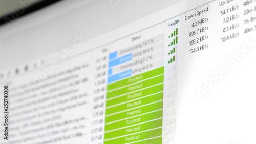 Obraz na plátně torrent download speed - software client is downloading multiple files