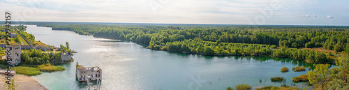 Photo sur Aluminium Vieux rose The Rummu quarry is a submerged limestone quarry located in Rummu, Estonia.