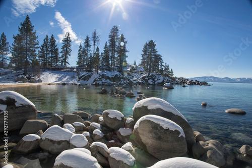 Poster Kaki Snow covered landscape at Sand Harbor in Lake Tahoe, California