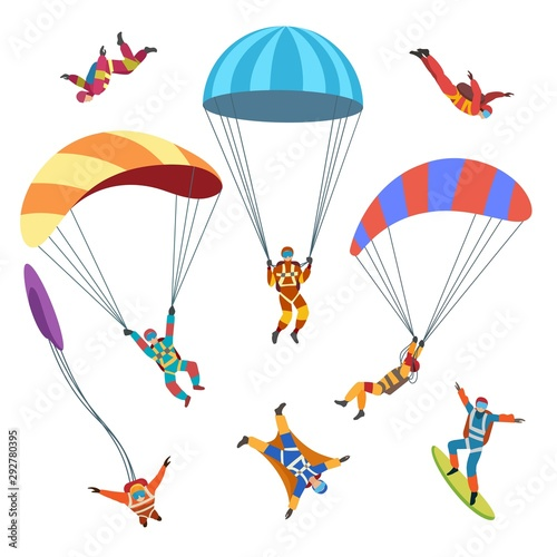 Photo Skydivers or parachutists