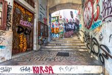 Streets Of Lisbon / Strade Di ...