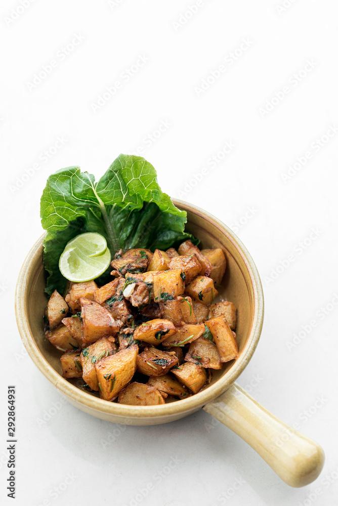 Fototapety, obrazy: batata harra traditional  lebanese spicy fried potato starter dish