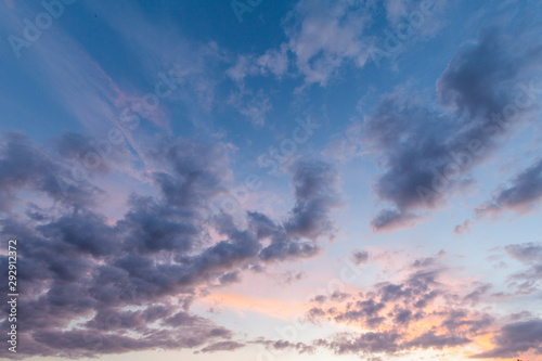 Fototapeta  Stunning pink skies and cloudscape