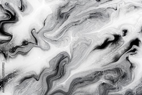 czarno-biala-farba-akrylowa-jak-marmur