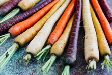 Rainbow Colored Carrots With T...