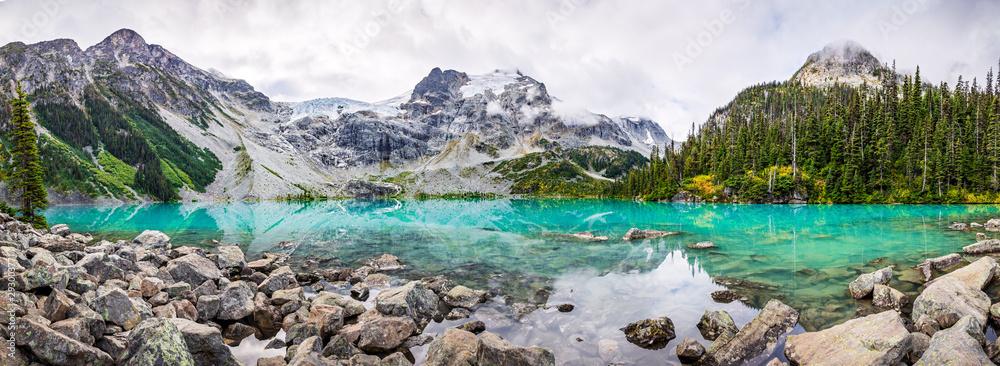 Fototapeta Mountain Panorama with Beautiful Turquoise Lake