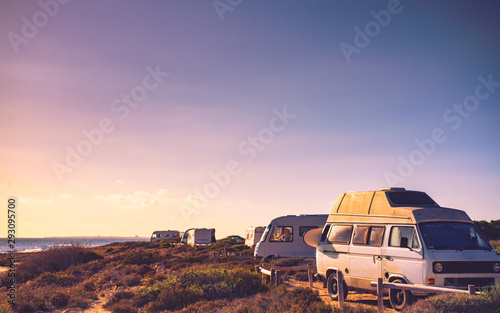 Camper cars on beach, camping on nature Tablou Canvas