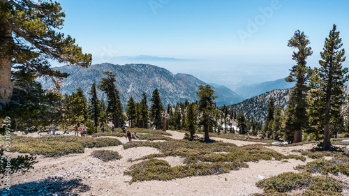 Photo The baldy bowl trail with incredible views