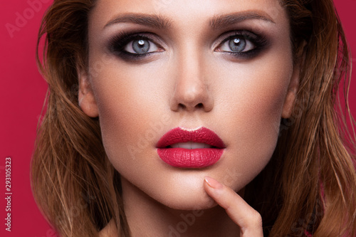 Canvastavla Portrait of beautiful girl with pink lips