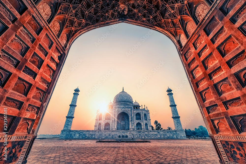 Fototapety, obrazy: Taj Mahal in sunrise light, Agra, India