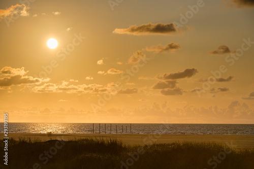 Sonnenuntergang am Nordseestrand