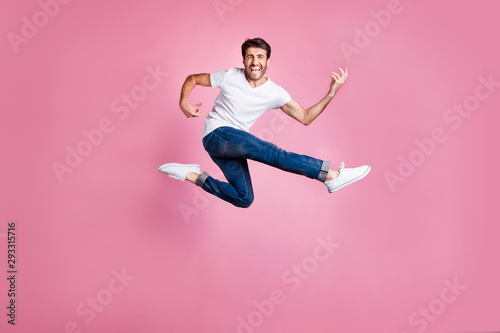Fotomural Full body photo of cheerful funny funky middle eastern man heavy metal lover jum