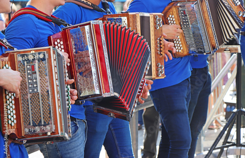 Fotografía Group of young accordion players
