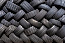 Alte Gebrauchte Reifen Gestape...