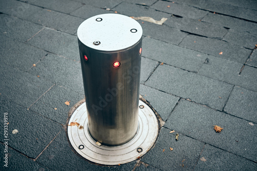 Fotomural  bollards can be retracted into the roadway to allow traffic
