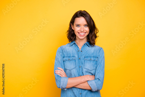 Cuadros en Lienzo Portrait of cheerful positive nice freelancer feel glad optimistic about her col