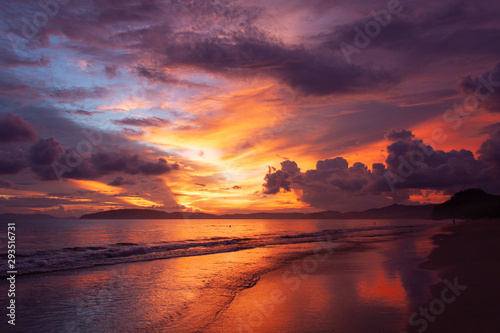 Foto op Canvas Bordeaux Beautiful vivid sky over the beach scenery with sea view, clouds, and waves. Nature beauty composition.