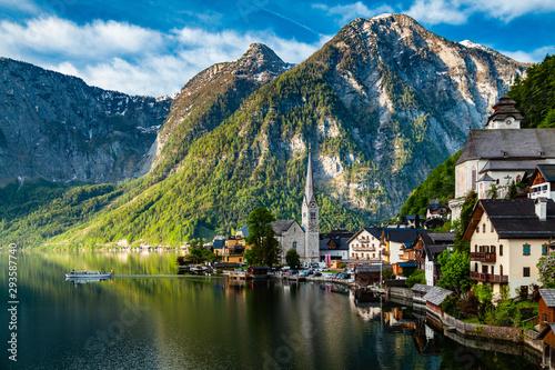 Foto op Canvas Landschappen Beautiful, historic mining town of Hallstatt in Austria. Spring aura.