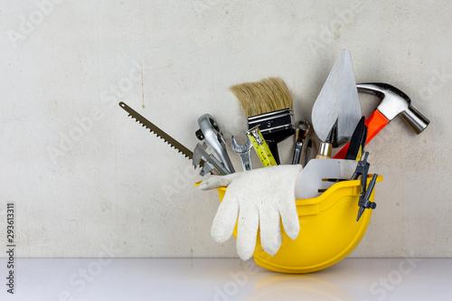 Obraz Equipment of carpenter in safety helmet - fototapety do salonu