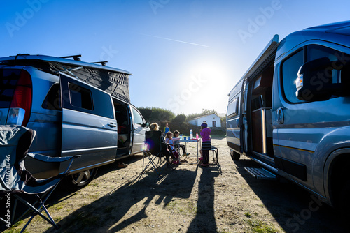 Motorhome RV or campervan is parked on a beach. Tablou Canvas