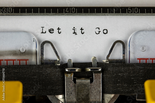 old typewriter with text let it go Canvas Print