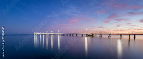 Obraz Busselton Jetty Western Australia at sunrise - fototapety do salonu