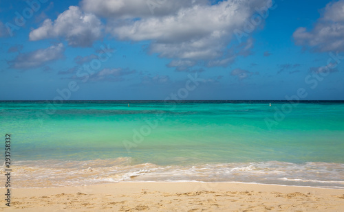 Taken in 2017, this photo was taken in the beautiful Eagle Beach, Aruba, taking advantage of the great conditions at the time.