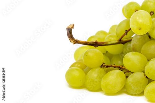 Photo uva bianca su fondo bianco