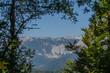 canvas print picture - berglandschaft mit schneeflecken im fruehling
