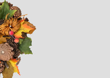 Autumn Traditional Wreath. Autumn Wreath With Pumpkin, Autumn Leaves, Red Berries, Acorns On A Dark Background. Autumn Holiday, Fall, Thanksgiving, Halloween Concept. Copy Space