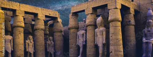 Tuinposter Bedehuis Karnak Temple, Colossal sculptures of ancient Egypt in the Nile Valley in Luxor, Embossed hieroglyphs on the wall