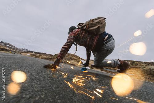 Canvastavla Skater traveling iceland on his longboard