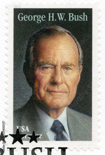 Carta da parati USA - 2019: shows Portrait of George Walker Bush ( born 1946), 43rd president of
