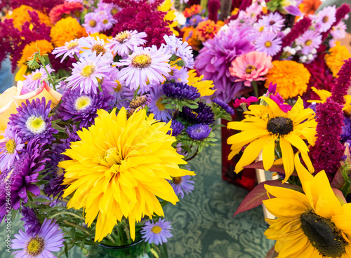 Fototapety, obrazy: Bouquets of brightly colored flowers at the market