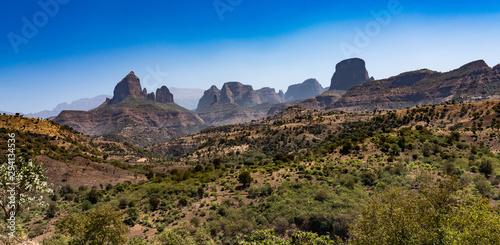 Montage in der Fensternische Dunkelbraun Landscape view of the Simien Mountains National Park in Northern Ethiopia